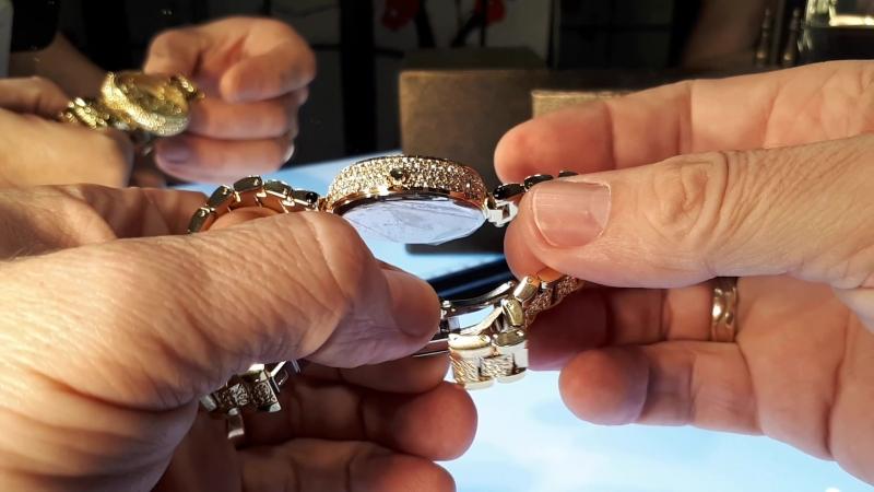 Miss Fox Леопардовые женские часы под золото.