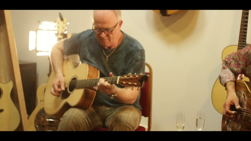Robbie McIntosh Michael Messer - I Can't Be Satisfied [Live at The North American Guitar]