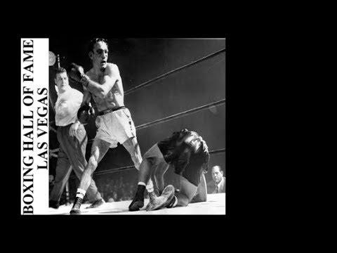 Carmen Basilio KOs Tony DeMarco November 30, 1955 Retains Welterweight Crown