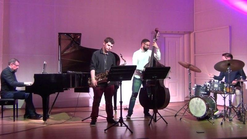 Synaesthetic quartet in The Scriabin Memorial Museum