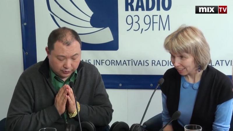 MIX TV Ученик Далай Ламы верховный буддист Калмыкии Тэло Тулку Ринпоче в программе Разворот New