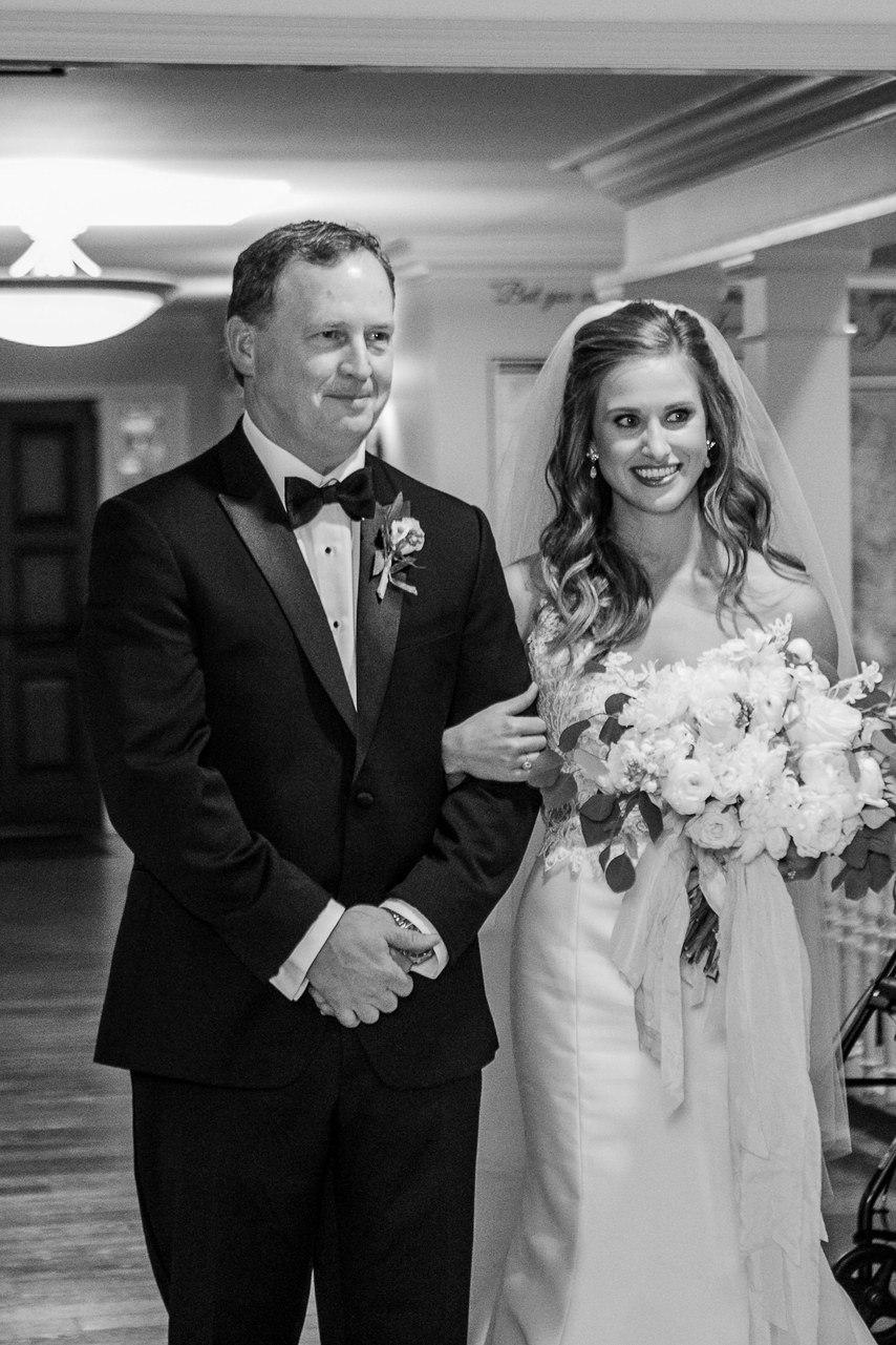 QxPQ5qWhFmw - 12 Потрясающих развлечений для гостей на вашей свадьбе