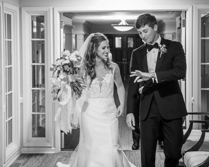nEZomaE yCw - 12 Потрясающих развлечений для гостей на вашей свадьбе