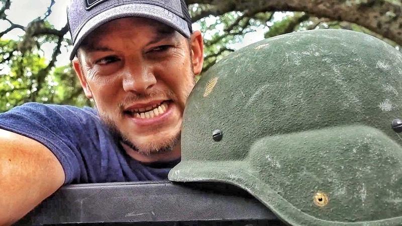 Расстрел шлема | Разрушительное ранчо | Перевод Zёбры