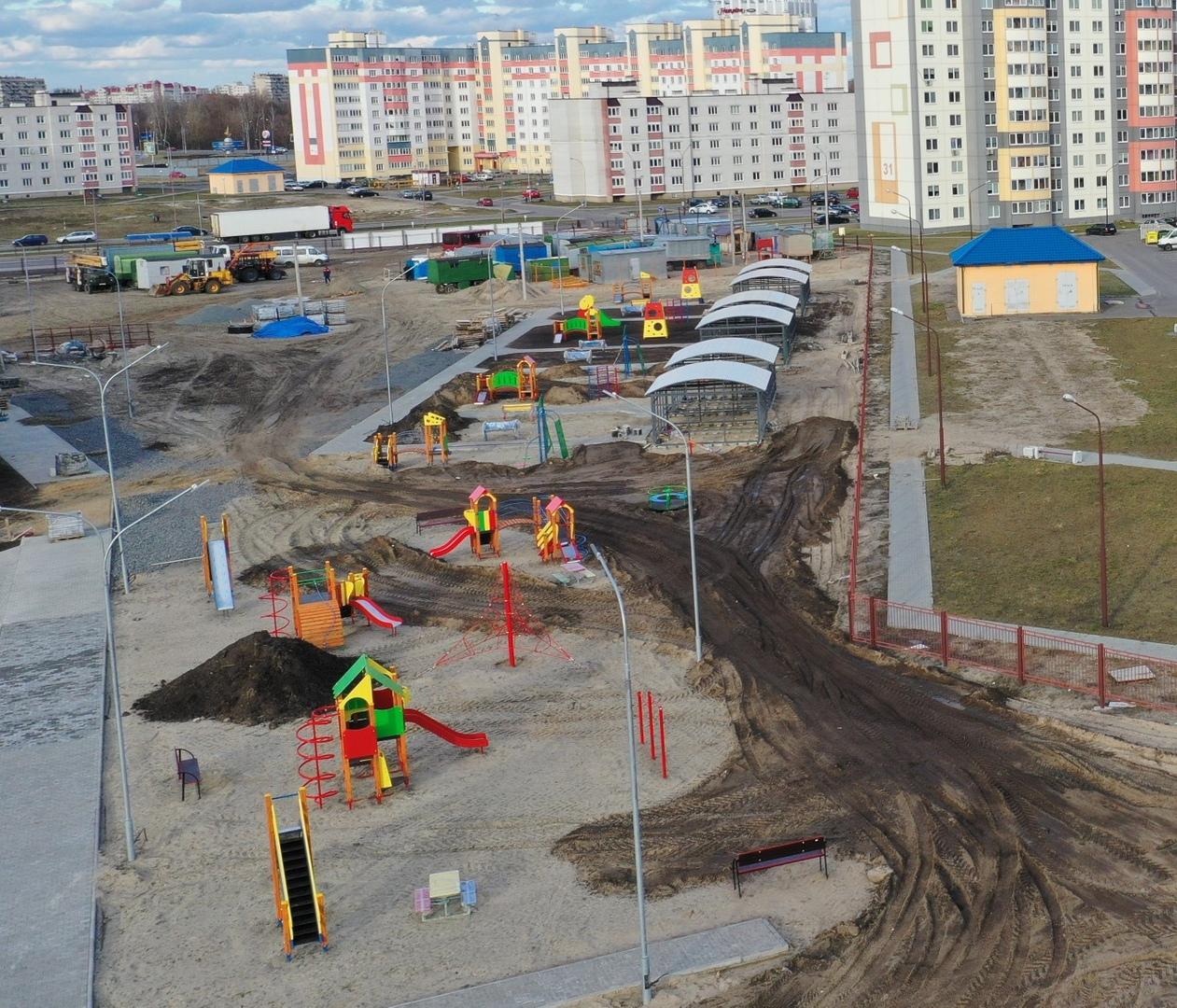 Завершается строительство новой школы в ЮЗМР-2 города Бреста