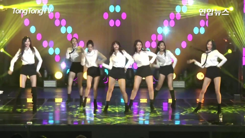 CLC(씨엘씨) Tell Me Concert Stage -BLACK DRESS Charity Concert- (Wonder Girls, 원더걸스)