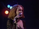 Belinda Carlisle - Heaven Is A Place On Earth (Runaway Horses Tour 90)