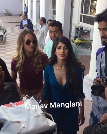 "Manav Manglani on Instagram ""Hottie @jasminwalia snapped at Jodhpur airport as she leaves for Mumbai nickyankawedding priyankachopra nickjon..."