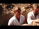 Как выбраться из песка, закопанному по шею?
