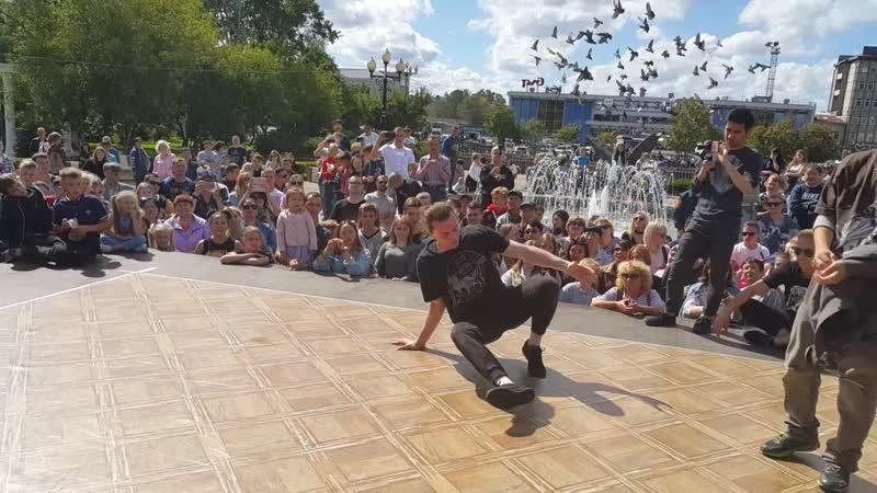 Полуфинал Один из Всех Южный Холод против Бобби Джонс (Нано Ван) номинация Брейкинг ПРО