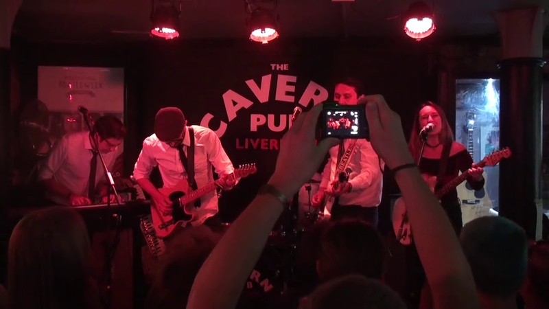 Father McKenzie - Band On The Run (Cavern Pub 23.08.2018)