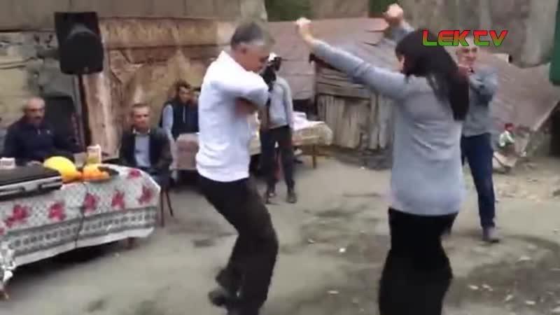 Незаменимый ТАНЕЦ ДЕВУШЕК на Деревенской Свадьбе Дагестанская Свадьба