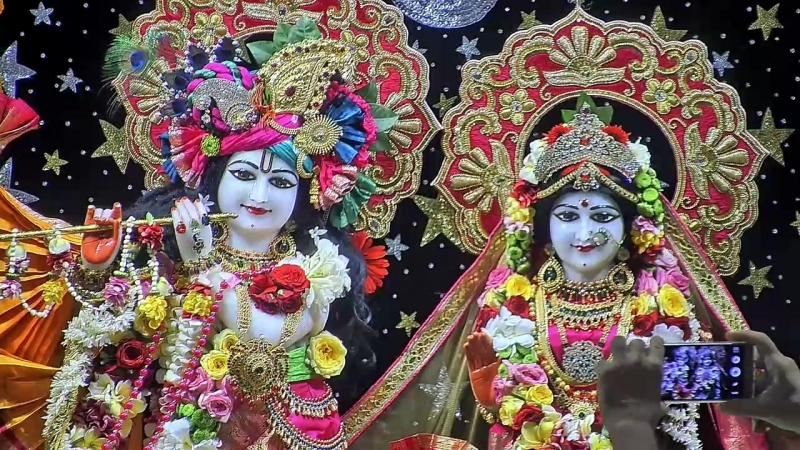 Sri Sri Radha Rasabihari Temple, ISKCON Juhu, Mumbai 24.04.2018