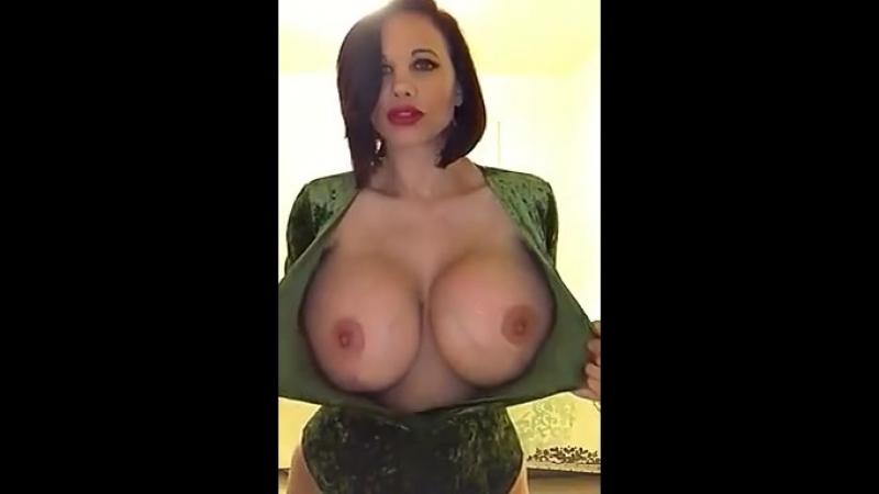 Безупречно... сиськи большиесиськи грудь milf tits boobs busty mature hugeboobs