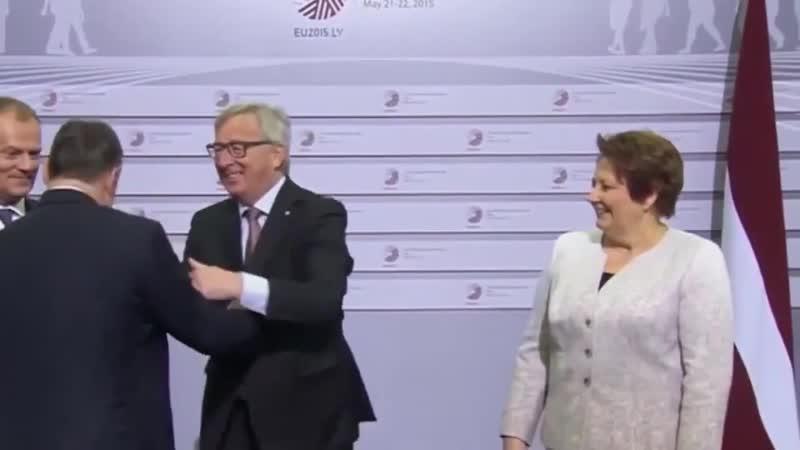 Глава Еврокомиссии поприветствовал премьер-министра Венгрии (2015)