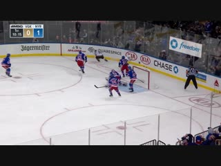 Henrik Lundqvist shuts down William Karlsson with paddle