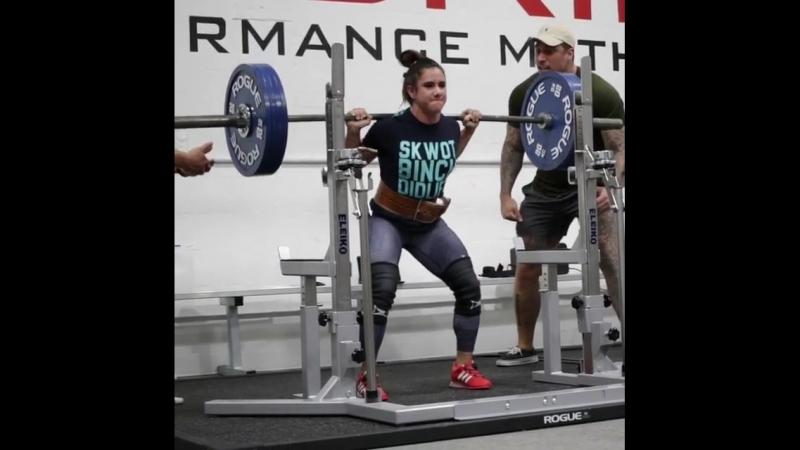 Стефани Кохэн - присед 180 кг на 2