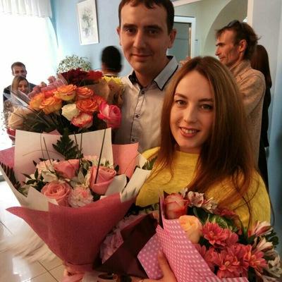Анна Айзатова