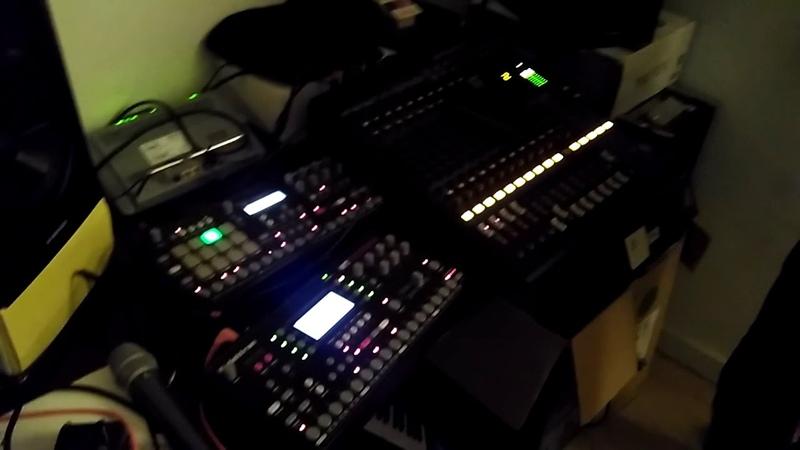 Templər t_error 404 - live jam @ Templer's home studio, Berlin 20.08.2018