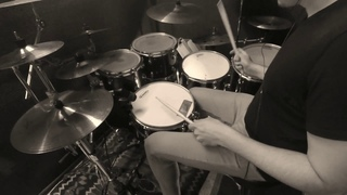 Paradiddle Johnnie (drum solo) с самбой в ногах