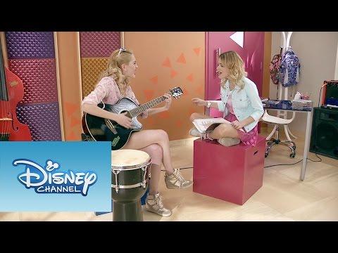 Violetta y Ludmila cantan