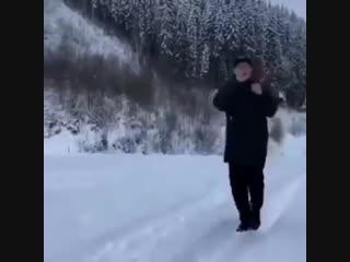 Александр Усик бегает (Survivor - Eye Of The Tiger)