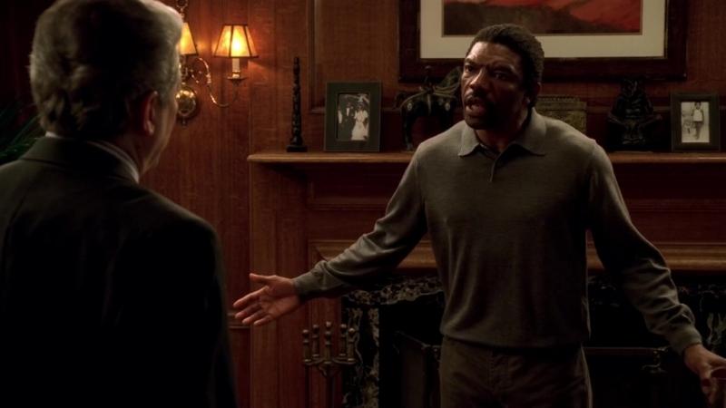 (Клан Сопрано S04E07_08) Зелман приходит к Морису и заставляет его выгнать шайку накроманов из покупных домов