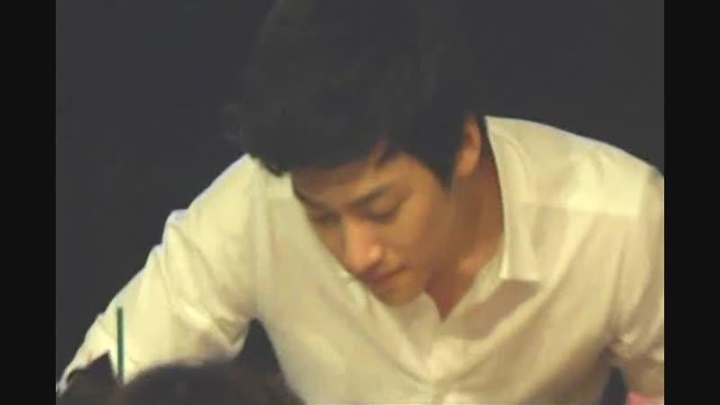 Чжи Чан Ук и Кан Ха Ныль на автограф-сессии мюзикла Взволнуй меня, 20.08.2010
