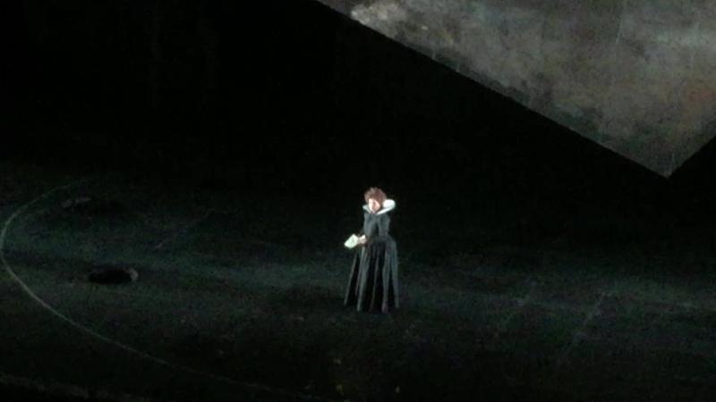 Леди Макбет - Анна Нетребко, речитатив и начало каватины Vieni, t'affretta - Явись, поспеши