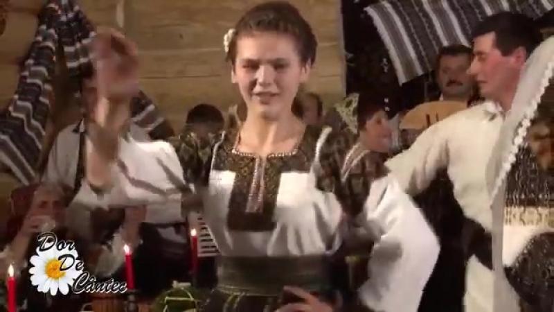 Румыния. Народные песни - Молдова, Буковина. Михаела Кажван Mihaela Cajvan.