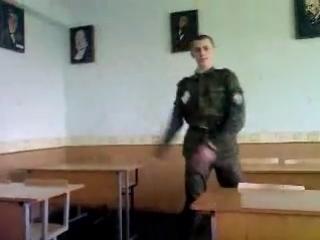 когда хАрьки хотят секса)))