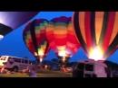 Техас Сегодня вечернее свечение на воздушных шарах на фестивале
