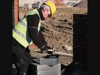 Инструмент для резки блоков и кирпичей