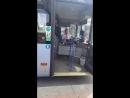Водитель автобуса в Германии поет русские песни