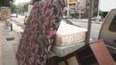 Как выбросить старый диван не заплатив ни юаня Подсказка никак
