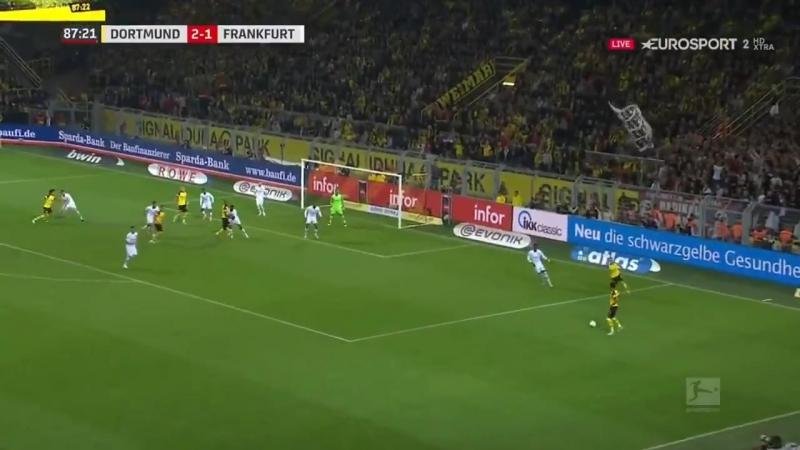 Алькасер закрутил мяч в сетку по нереальной дуге. Идеальный дебют Пако за «Боруссию»