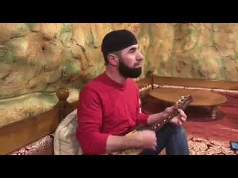 Чеченец спел четко