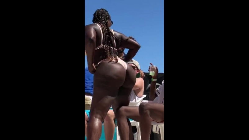 Video_20180723114625014_by_videoshow.mp4