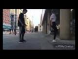 [v-s.mobi]Парень и Девушка танцуют ШАФЛ shuffle.3gp