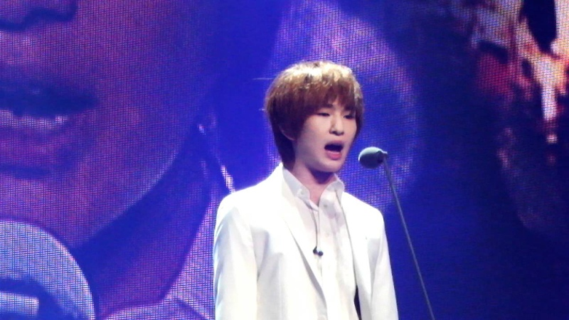 111023 - Nessun Dorma - Onew - SMTown Live in NYC