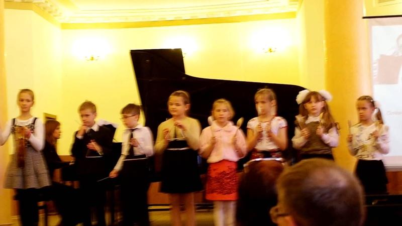 2015-04-25 Миша Лепа Выступление шумового оркестра в консерватории, Харьков