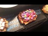 NUTELLA KINDER BUENO WAFFLE - BEST CREPES IN LONDON - HUGE MILKSHAKES - LONDON