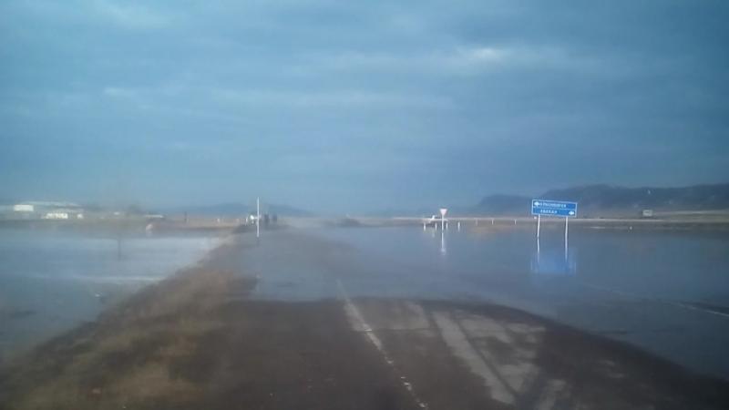 Перелив воды через трассу на Сорск 2