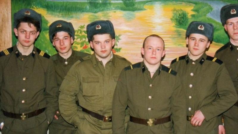 НЕФОРМАЛЬНЫЕ ЗАКОНЫ ПО КОТОРЫМ СЛУЖИЛИ В АРМИИ СССР