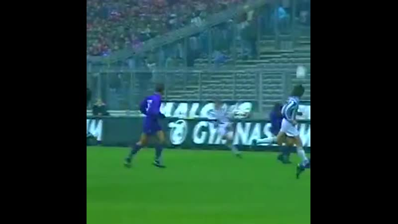 Iniziamo il venerdì con IL gol ️ di JuveFiorentina ️️