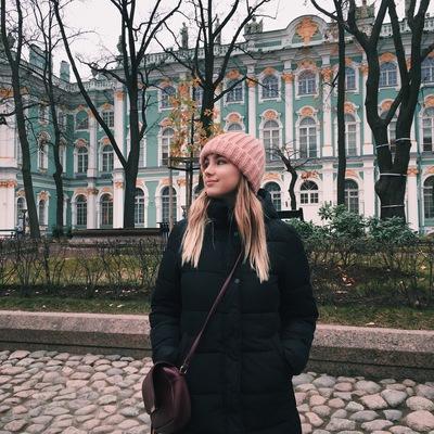 Камилла Сухарева