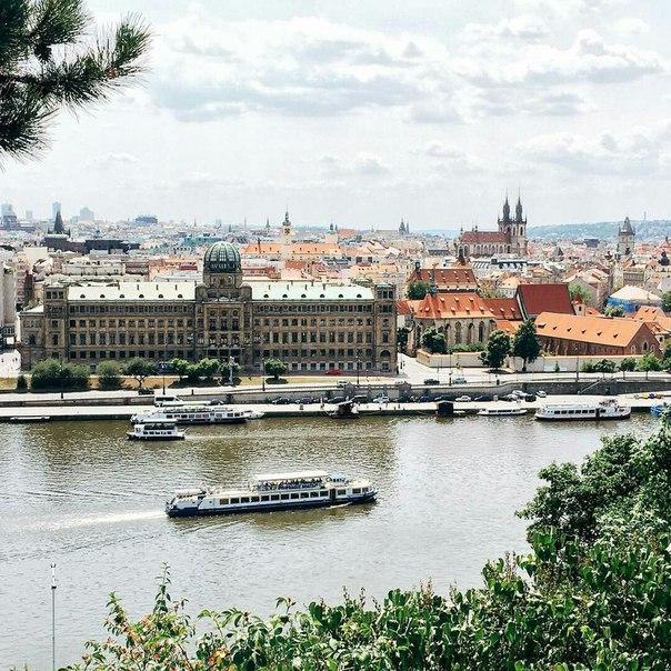 Екатеринбург: тур в Прагу на неделю с завтраками за 12900 c человека