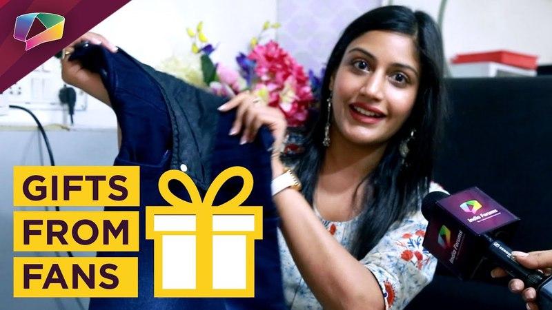 Сурбхи Чандра получает подарки от фанатов