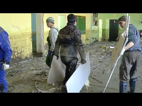 «Всё уплыло»: как ликвидируют последствия паводка в Хадыженске и Кабардинской на Кубани