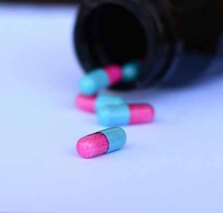 Лица, страдающие от болей в спине, могут найти полезными противовоспалительные препараты.